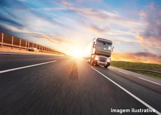 Transporte rodoviário de cargas